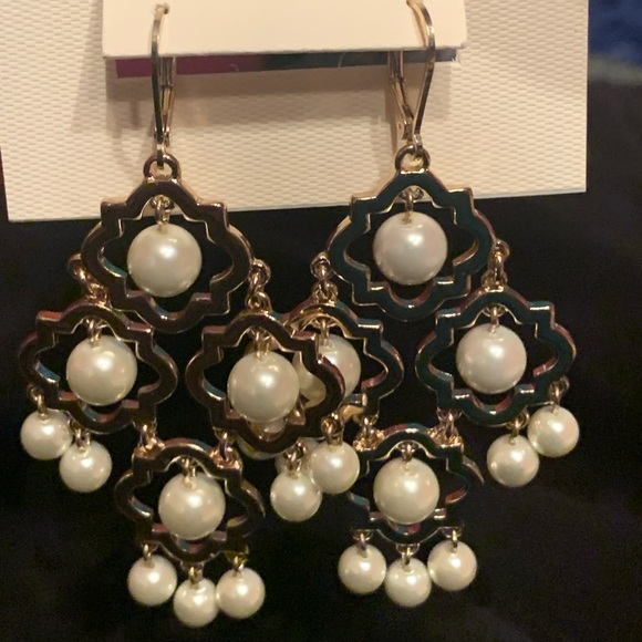Crown & Ivy gold and Pearl earrings